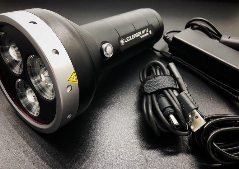Die-Ledlenser-MT18-Taschenlampe